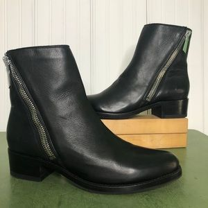 Frye NWT Demi Zip Bootie/Ankle Boots in Black